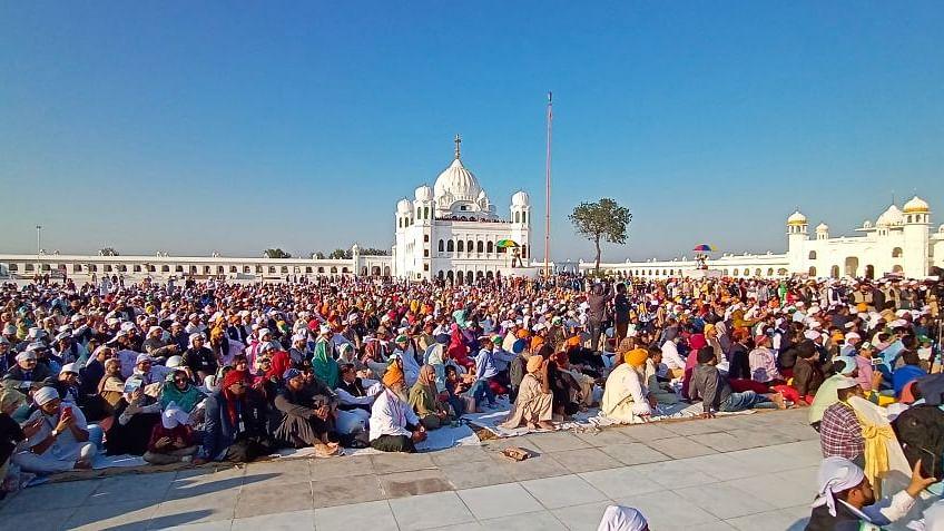 अयोध्या फैसले के दिन पंजाब से वाया करतारपुर कॉरिडोर  अमन और सद्भाव का 'नानकमय' संदेश