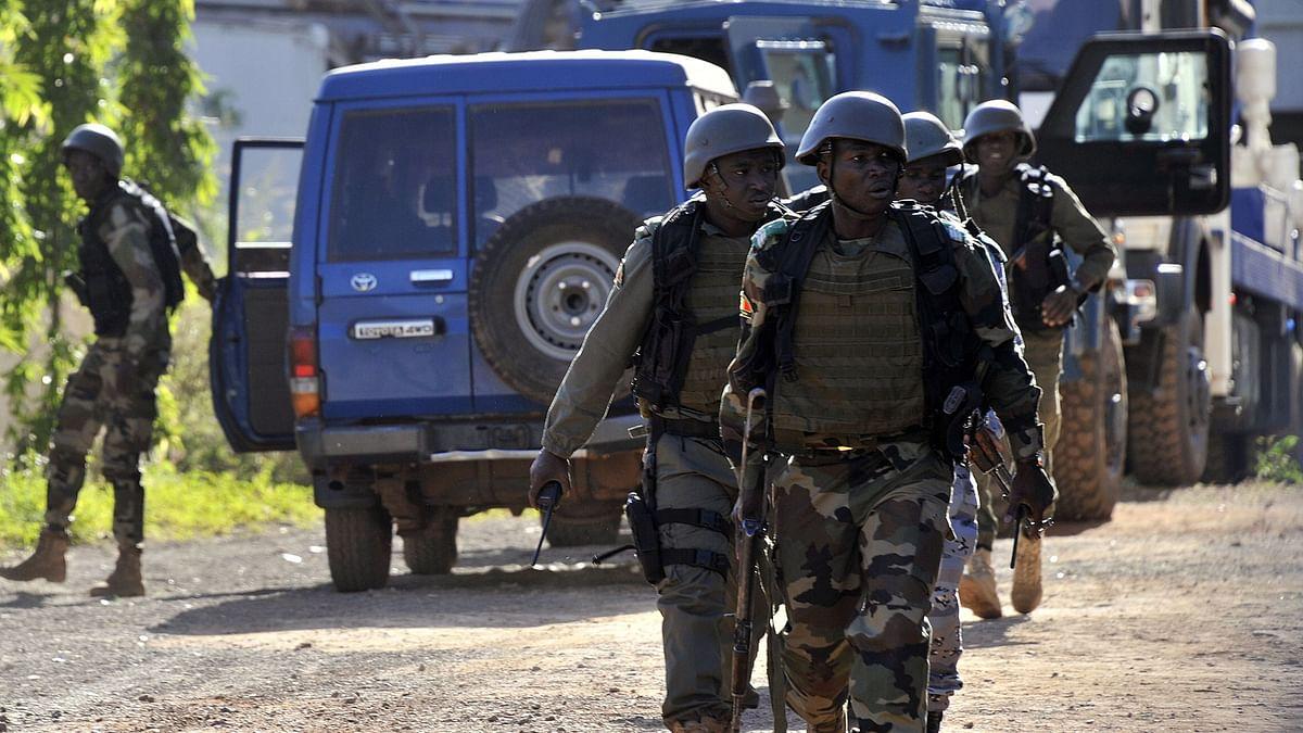 माली में सैन्य ठिकानों को आतंकियों ने बनाया निशाना, 53 सैनिकों की मौत, कई घायल