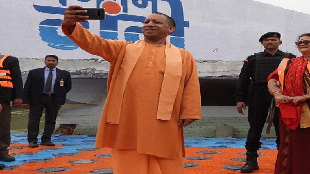 उत्तर प्रदेशः योगी समेत बीजेपी नेताओं में अयोध्या का श्रेय लेने की होड़, रेप-हत्या जैसे सारे मसले हो गए गोल