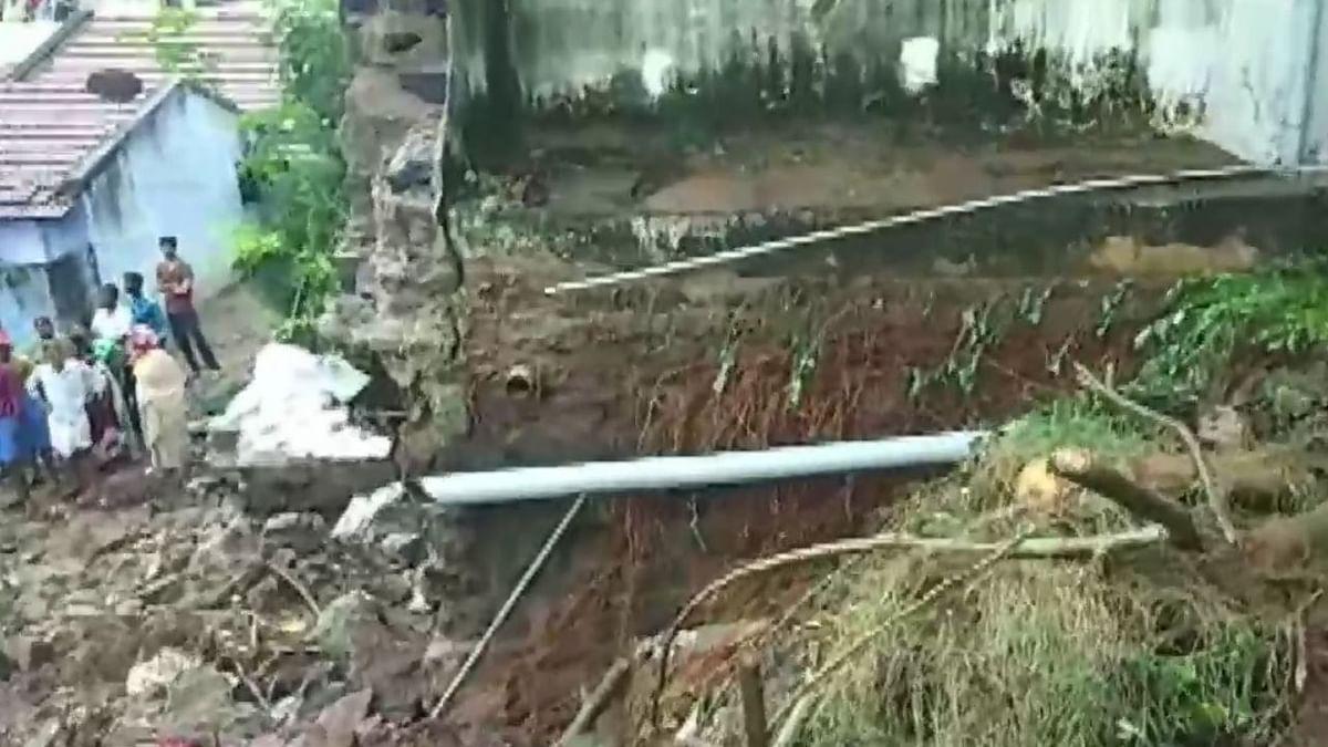 नवजीवन बुलेटिन: तमिलनाडु में बारिश ली 15 लोगों की जान और झारखंड में आज चुनावी जनसभा को संबोधित करेंगे राहुल गांधी