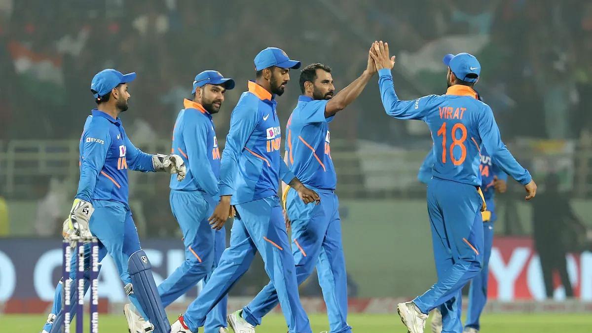 खेल की 5 खबरें: विंडीज ने भारत के सामने रखा 316 रनों का लक्ष्य और राफेल नडाल ने जीती वर्ल्ड टेनिस चैंपियनशिप