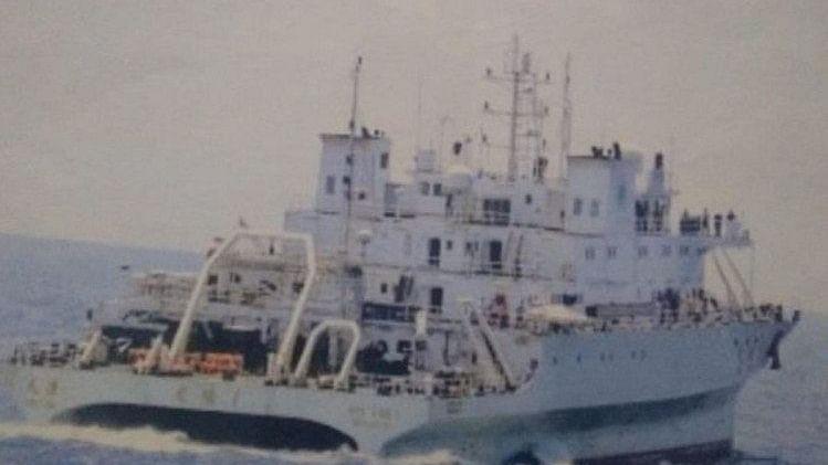 भारतीय जल सीमा में घुसा संदिग्ध चीनी पोत, नौसेना ने खदेड़ा, बढ़ाई गई सतर्कता