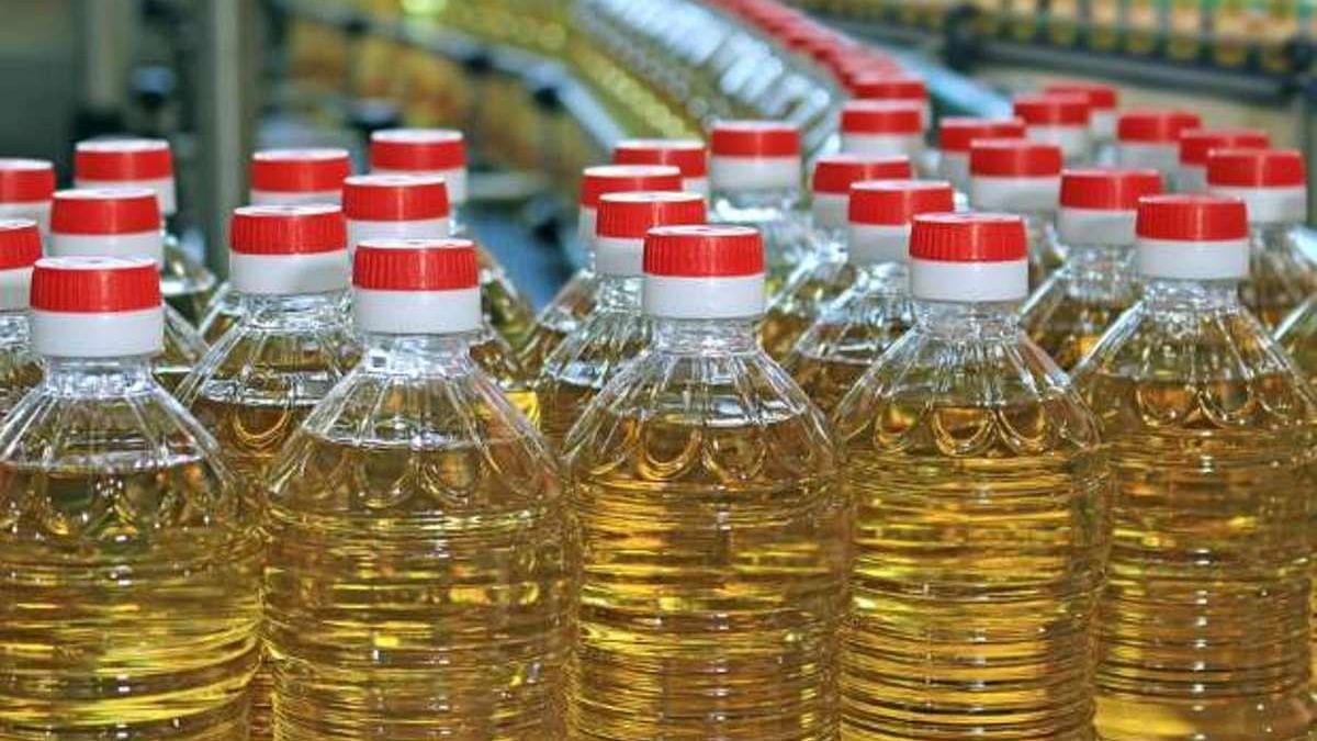 प्याज, लहसुन के बाद खाने के तेल में लगी महंगाई की आग, बीते दो महीने में 35 फीसदी तक बढ़े पाम तेल के दाम