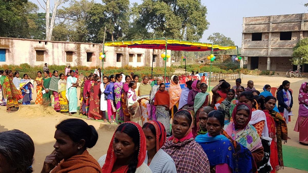 झारखंड में  दूसरे चरण का मतदान संपन्न, 20 सीटों पर 64.39 फीसदी वोटिंग, कई जगह हिंसा