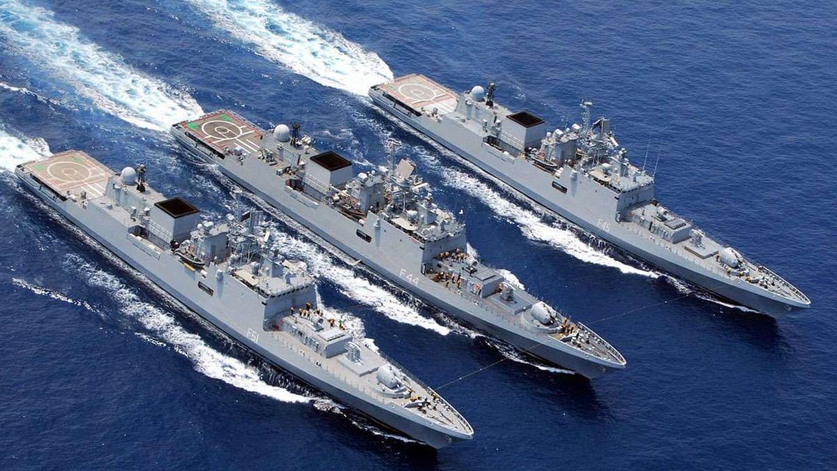 नेवल बेस-युद्धपोत पर अब स्मार्टफोन इस्तेमाल पर नहीं कर सकते जवान,  जासूसी रोकने को लेकर  नौसेना का बड़ा कदम