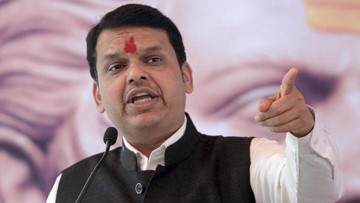 महाराष्ट्र: सत्ता जाते ही BJP नेताओं में छिड़ी जंग, फडणवीस ने अपनी ही पार्टी के नेता को बताया झूठा