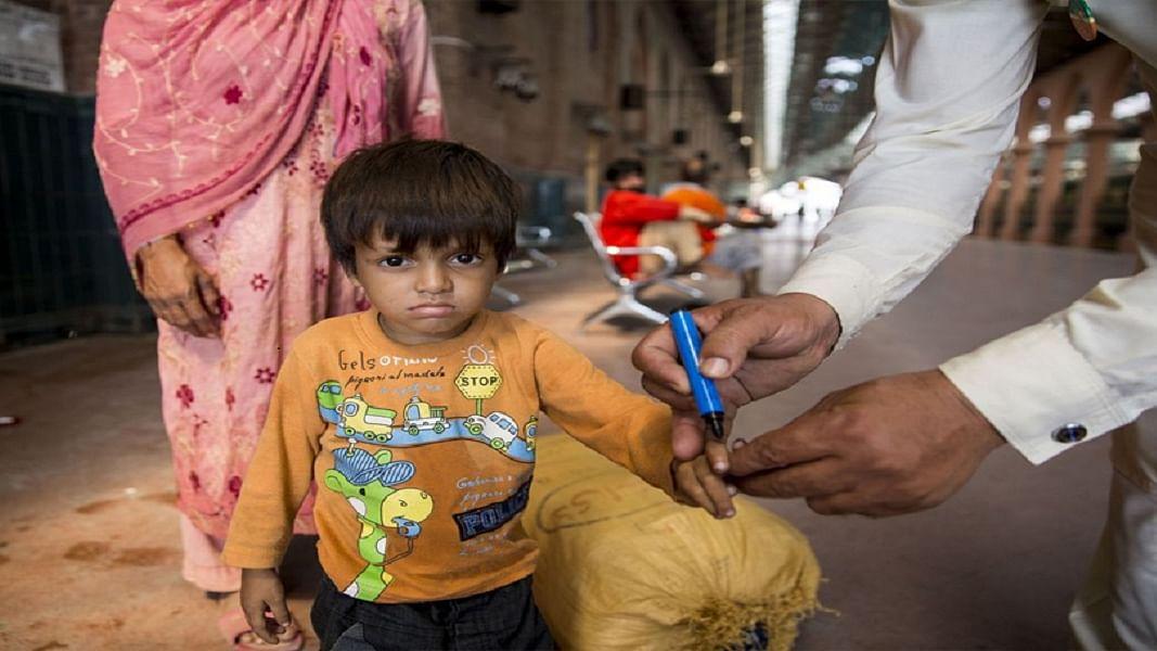 चीनी माल के चक्कर में फंसे पाक को अब भारत का सहारा, पोलियो मार्कर्स के लिए इमरान ने फैलाया हाथ