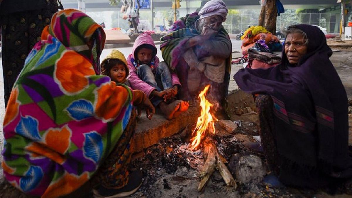 दिल्ली में हाड़ कंपा देने वाली ठंड, पारा पहुंचा 1.7 डिग्री, टूटा 118 साल का रिकॉर्ड, मौसम विभाग ने दी ये चेतावनी