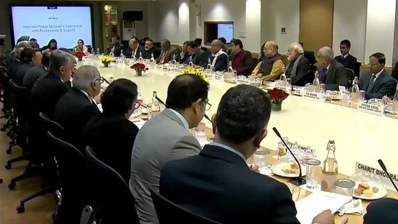 क्या मोदी-शाह की लिखी  बजट स्पीच पढ़ेंगी निर्मला सीतारमण, शीर्ष अर्थशास्त्रियों के साथ बैठक से रहीं नदारद