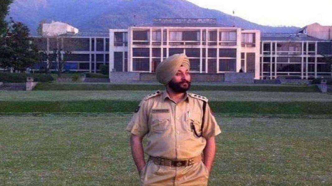 आतंकियों के साथी डीएसपी की जांच NIA के हवाले, दिल्ली लाने की तैयारी, क्या खुलेंगे देवेंद्र सिंह के सारे राज?