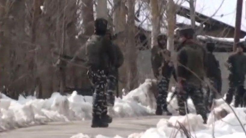 नवजीवन बुलेटिन: जम्मू-कश्मीर में सुरक्षा बलों ने ढेर किए 3 आतंकी, इस घंटे की 4 बड़ी खबरें