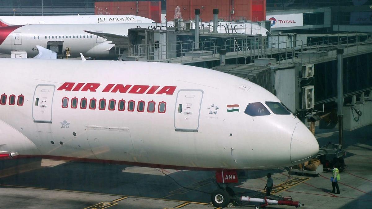 एयर इंडिया में अपनी 100 फीसदी हिस्सेदारी बेचेगी मोदी सरकार, विनिवेश को दी मंजूरी