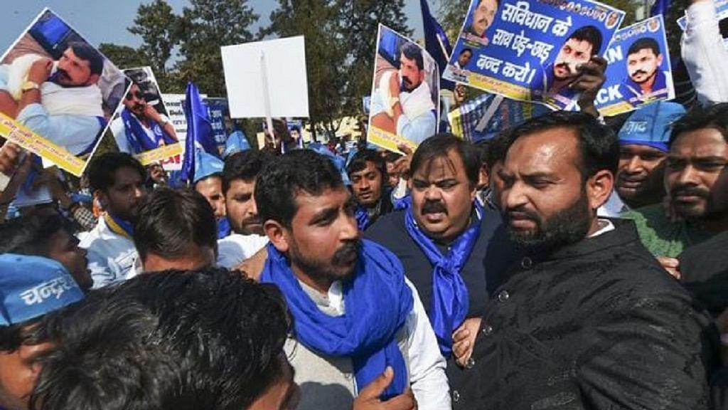 दिल्ली में निकाला गया 'आरक्षण बचाओ मार्च', भीम आर्मी चीफ चंद्रशेखर हुए शामिल, 23 फरवरी को 'भारत बंद' का ऐलान