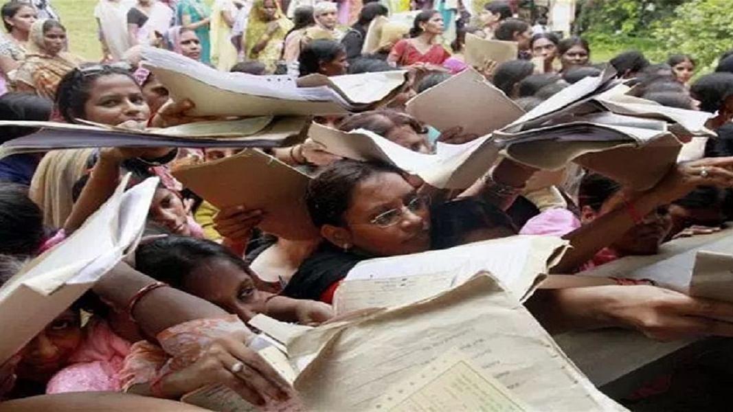 फेल साबित हुई मोदी सरकार की रोजगार योजनाएं, गाजे-बाजे के साथ शुरू तो हुईं पर नतीजे सिफर