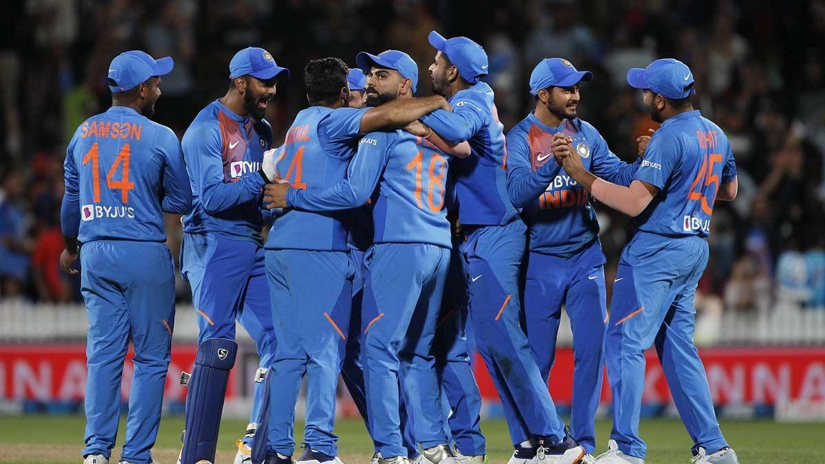 खेल की 5 खबरें: न्यूजीलैंड के खिलाफ भारतीय टेस्ट टीम का ऐलान और महिला हॉकी में इंडिया ने चैंपियन ब्रिटेन को हराया