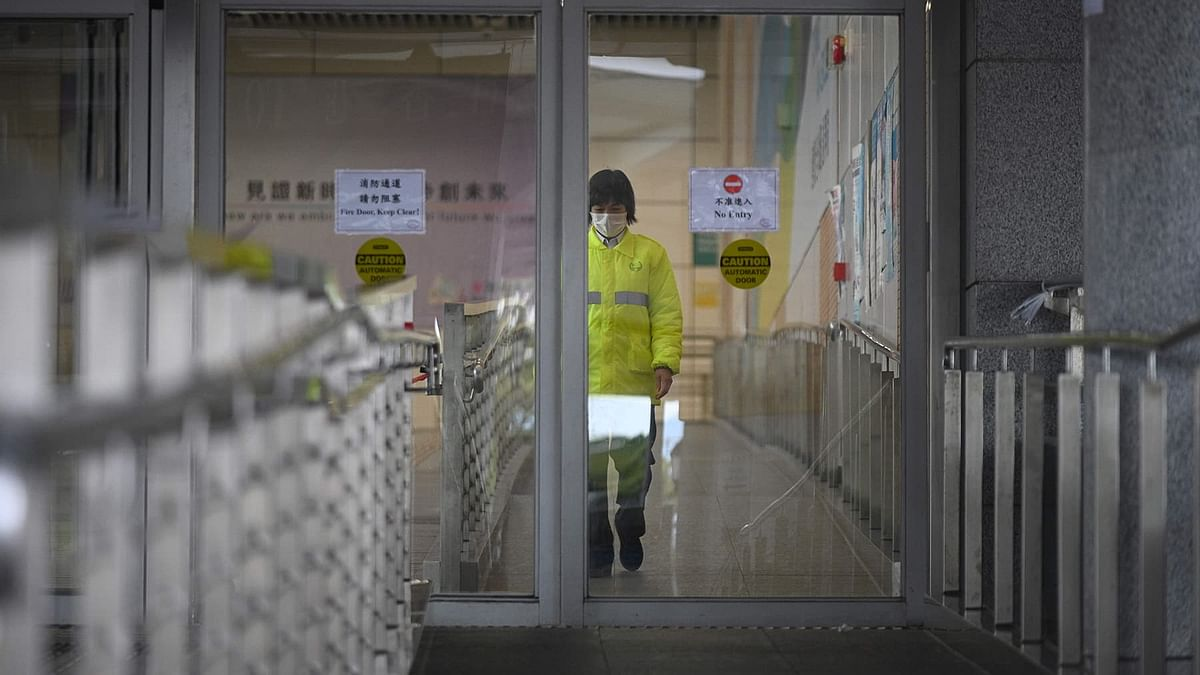 चीन में जारी है कोरोनावायरस का कहर, 811 हुई मरने वालों की संख्या, 37 हजार बीमार
