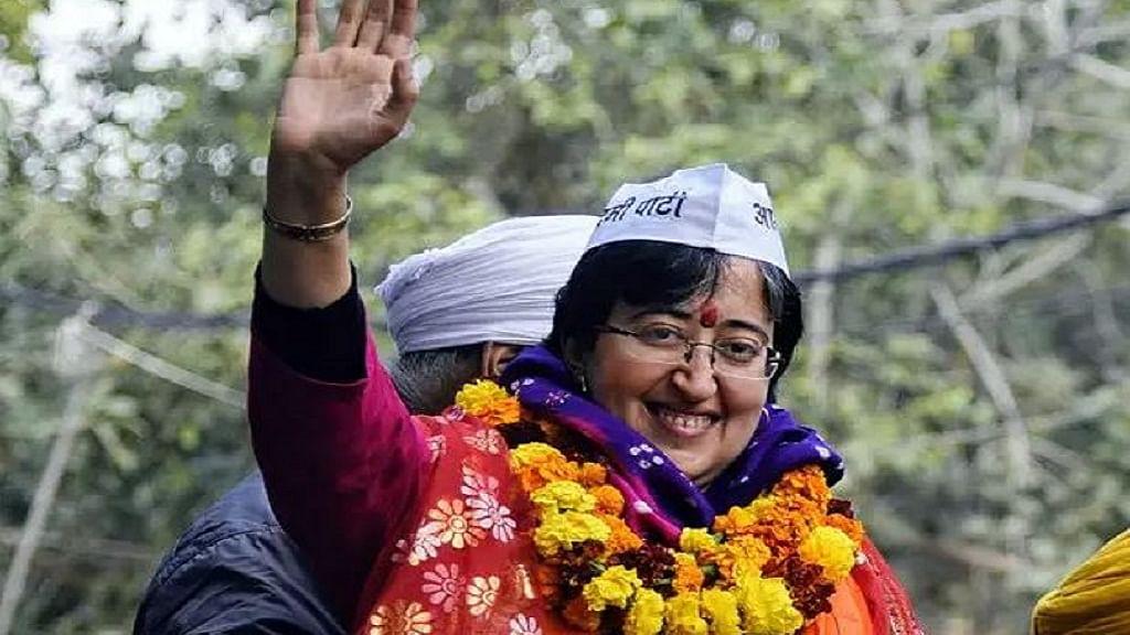 केजरीवाल के साथ 6 विधायकों ने ली मंत्री पद की शपथ, कैबिनेट में एक भी महिला को नहीं मिली जगह, 8 जीतीं थीं