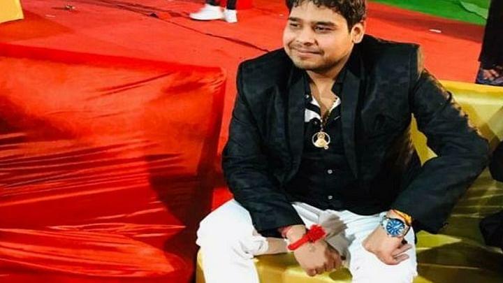 दिल्ली में कार सवार युवक पर 40 राउंड फायरिंग, 20 गोलियां लगने से युवक की मौत