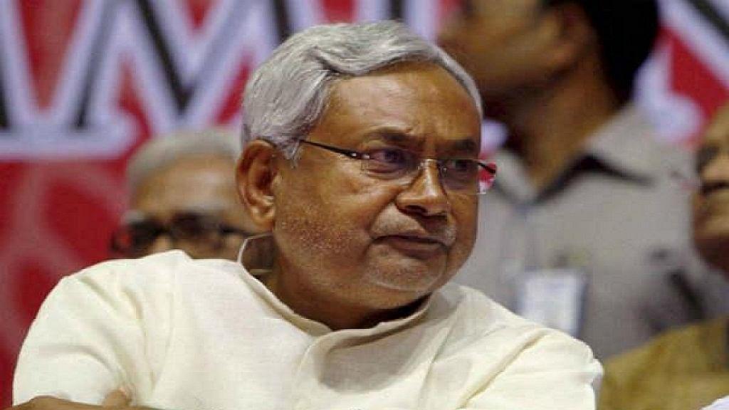 बिहार में बेरोजगारी के मुद्दे पर अपनों के बीच घिरे CM नीतीश, JDU विधायकों का सरकार पर निशाना, तेजस्वी की तारीफ