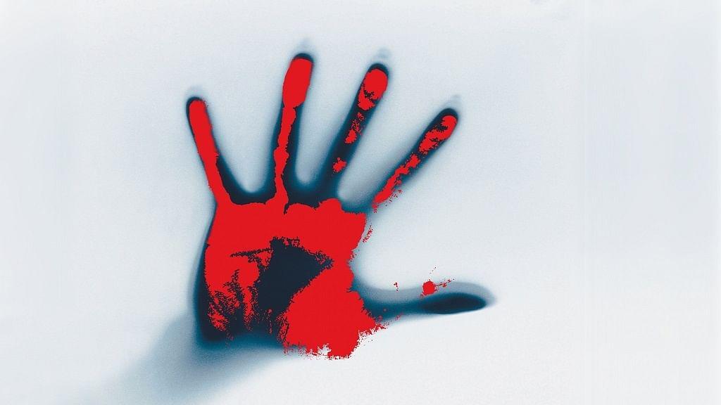 उत्तर प्रदेश: प्रेम प्रस्ताव ठुकराने पर लड़की ने खूंखार रूप किया धारण, लड़के पर ब्लेड से किया हमला