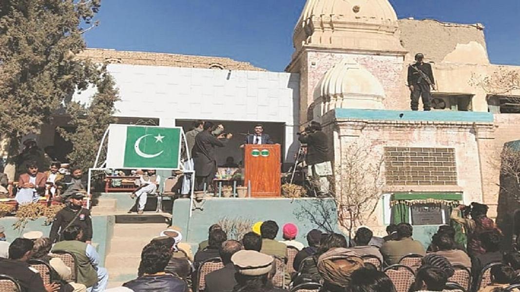 दुनिया की बड़ी खबरेंः पाकिस्तान में हिंदुओं को मिला 200 साल पुराना मंदिर और थाईलैंड में सैनिक ने ली 17 की जान