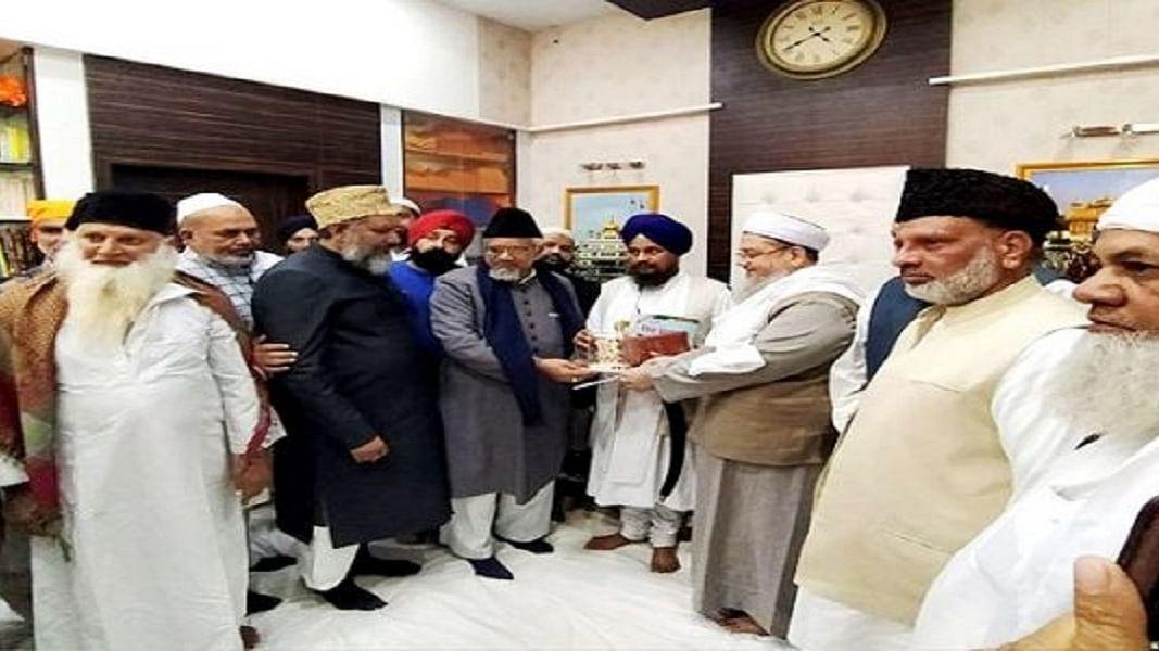 CAA के खिलाफ श्री अकाल तख्त साहिब पहुंचे मुस्लिम रहनुमा,  जत्थेदार जल्द जारी कर सकते हैं 'हुकमनामा'