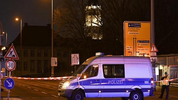 ब्रेकिंग न्यूज: जर्मनी के हनाउ शहर में बार पर फायरिंग, 8 लोगों की मौत, आधा दर्जन जख्मी
