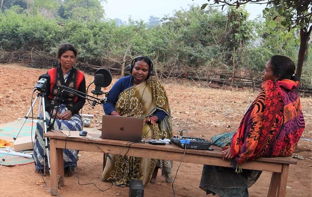 विश्व रेडियो दिवसः झारखंड के आदिवासियों की अनोखी मुहिम, भाषा-संस्कृति को बचाने के लिए शुरू किया अपना रेडियो