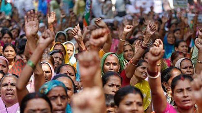 आरक्षण पर खतरे को देख दलित, पिछड़े, आदिवासी फिर से आंदोलन की तैयारी में, बीजेपी की नीति  से हैं नाराज