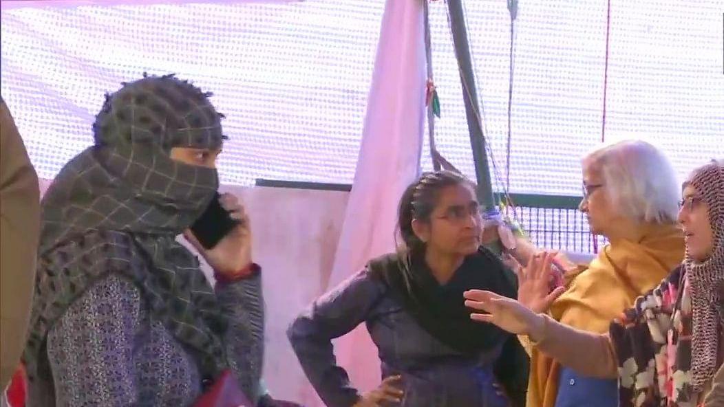 नवजीवन बुलेटिन: चौथे दिन भी शाहीन बाग में वार्ता जारी और तिहाड़ जेल प्रशासन का दोषियों को फरमान