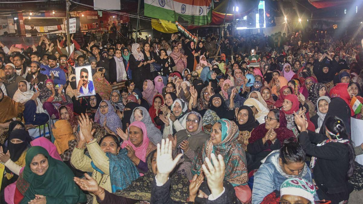 शाहीन बाग ने खारिज की धरना खत्म करने की देवबंद की अपील, महिलाओं ने कहा- यह धर्म की नहीं, संविधान की लड़ाई है