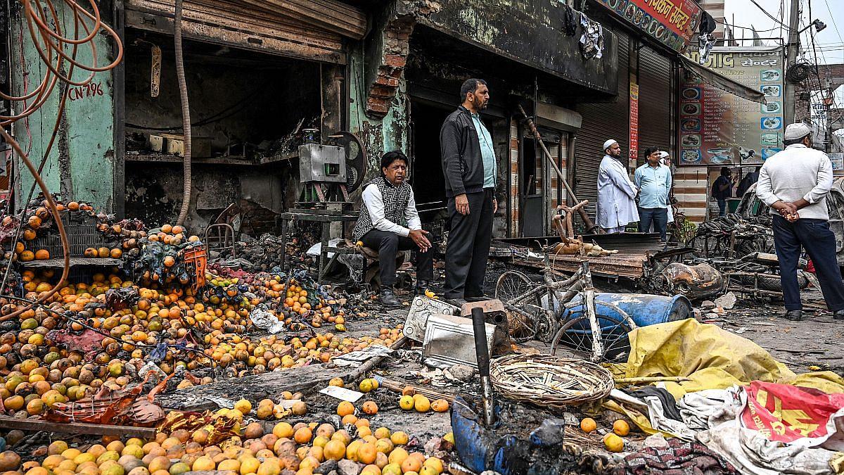 अर्थशास्त्रियों की राय में सांप्रदायिक तनाव के चलते विश्व अर्थजगत में अलग-थलग पड़ गया है भारत