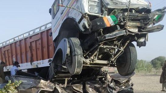 राजस्थान के जोधपुर में भीषण सड़क हादसा, 6 महिला समेत 11 लोगों की मौत, इलाके में मचा कोहराम