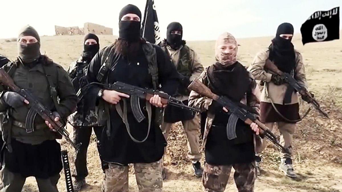 कोरोना से दहशत में दुनिया, इस बीच अपने नापाक मंसूबों को अंजाम देने में जुटा IS, कहा- हम चाहते हैं और बढ़े यातना