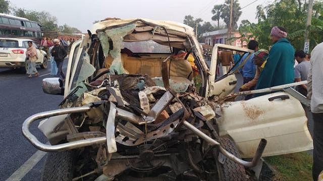 बिहार: मुजफ्फरपुर में सड़क हादसा, कार-ट्रैक्टर की टक्कर में 11 लोगों की मौत, गुस्साए लोगों ने किया हाईवे जाम
