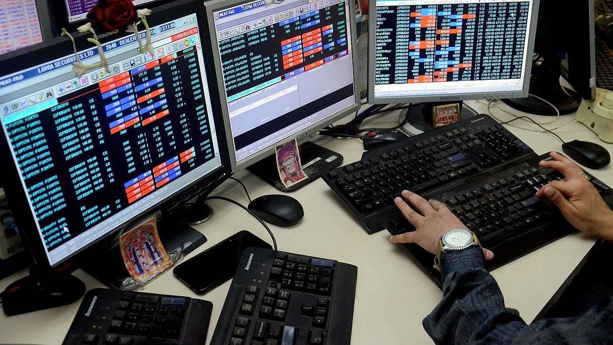 होली पर शेयर बाजार ने उड़ाए सबके रंग, रिकॉर्ड तोड़ टूटा बाजार, लाखों करोड़ रुपया डूबा