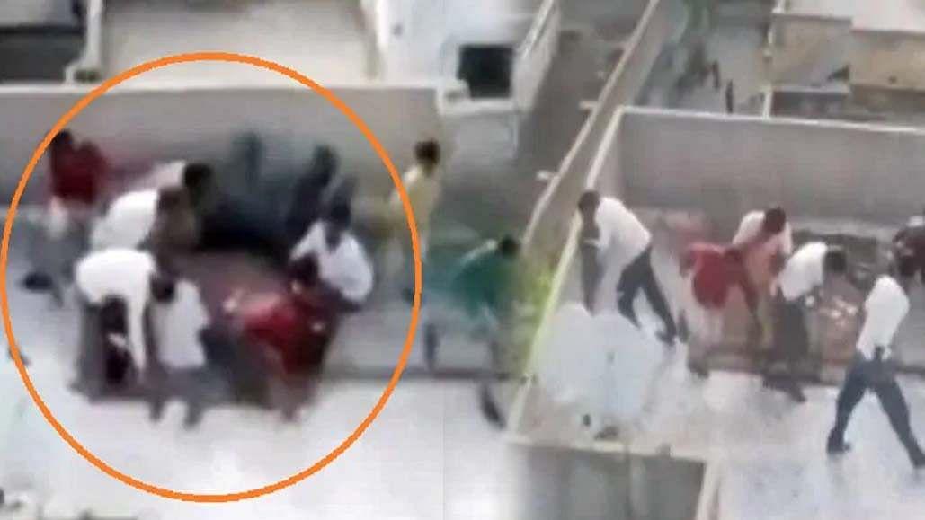 वीडियो: लॉकडाउन के बीच छत पर खेल रहे थे जुआ, पुलिस का ड्रोन पहुंचा और मच गई भगदड़!