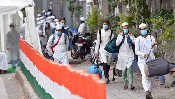 मीडिया ने महामारी संकट में असली मुद्दों को किया गायब, आपदा में ध्रुवीकरण कर किसे खुश करना चाहता है चौथा खंंभा