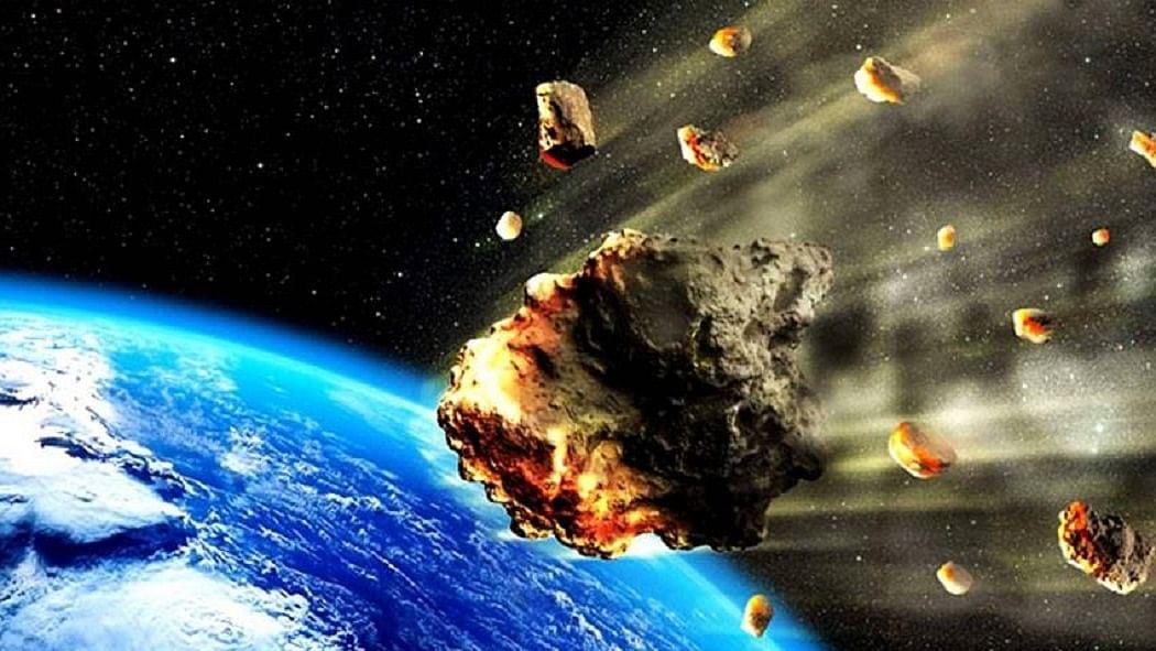 कोरोना के बीच अंतरिक्ष से धरती पर आ रही ये बड़ी आफत! हिमालय पर्वत से बड़ा है आकार, वैज्ञानिक भी परेशान