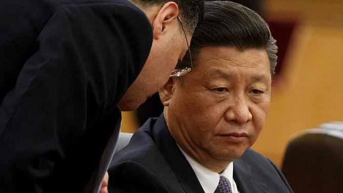चीन में कोरोना के कहर ने हिला दिया जिनपिंग का किला, बढ़ रहे असंतोष से दिखने लगी दुर्ग में दरार