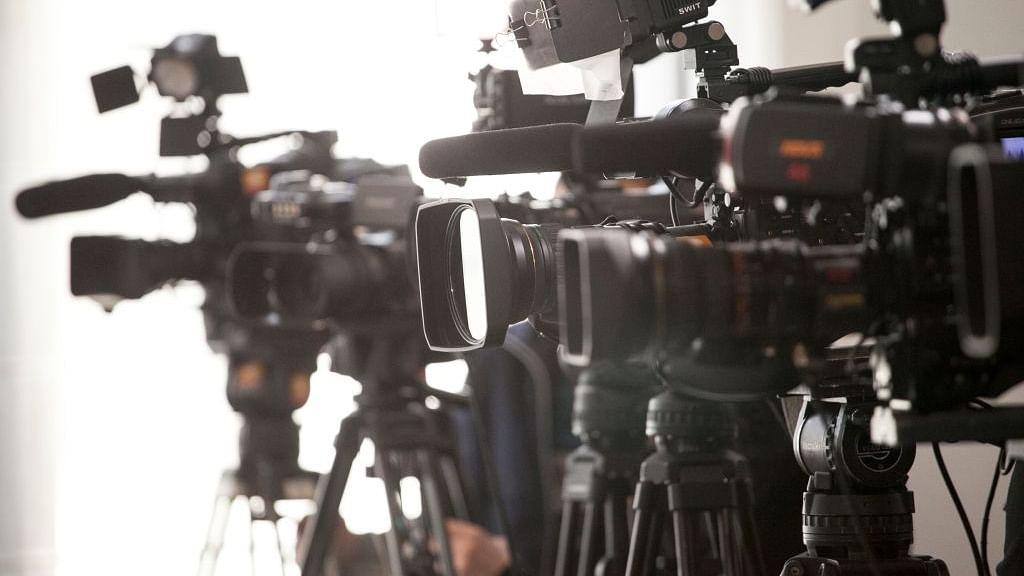 कोरोना संकट में मीडिया के सांप्रदायिक और विषैले दुष्प्रचार का मुकाबला सियासी रणनीति से हो: विशेषज्ञ