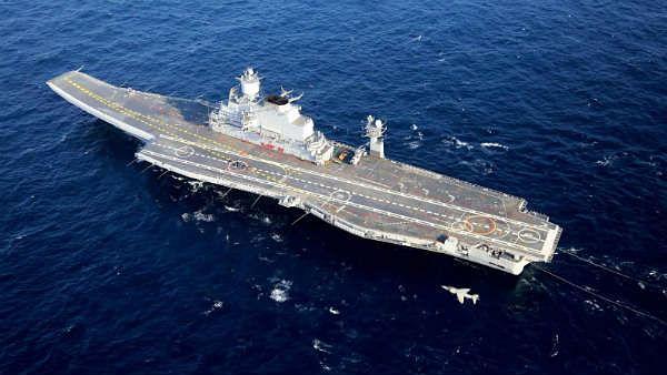 कोरोना अटैक: भारतीय नौसेना के एक साथ 21 जवान हुए संक्रमित, अस्पताल में किया गया क्वारंटाइन, मचा हड़कंप