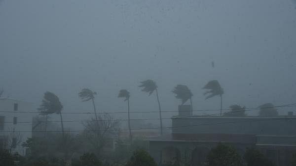 सावधान! कोरोना संकट के बीच आ रहा है तूफान 'अर्णब', 13 देशों में मचा सकता है कोहराम, मौसम विभाग का अलर्ट