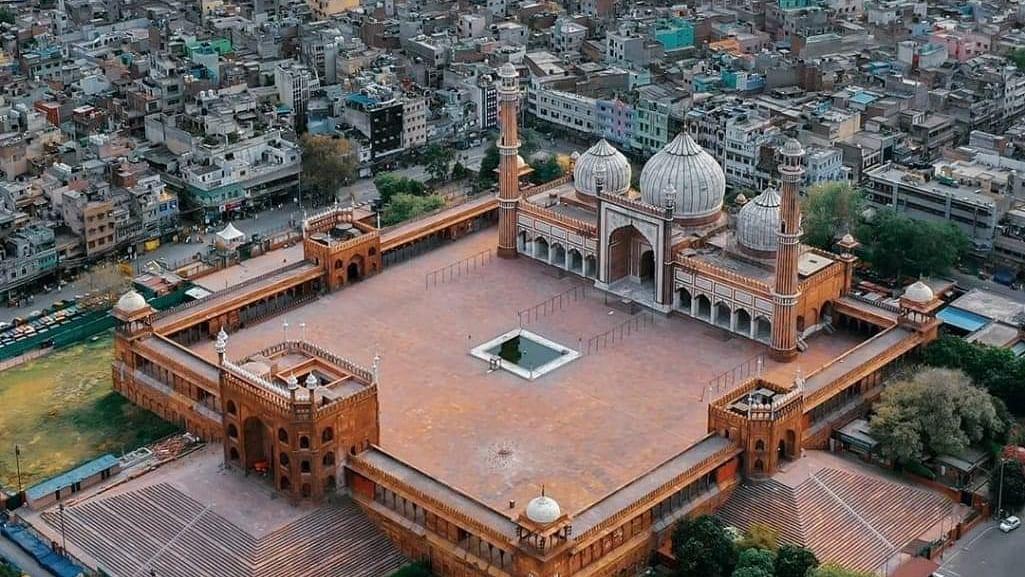 ऐतिहासिक जामा मस्जिद की यह तस्वीर देखी आपने, 1857 के बाद पहली बार रमजान माह में सूनी है इबादतगाह