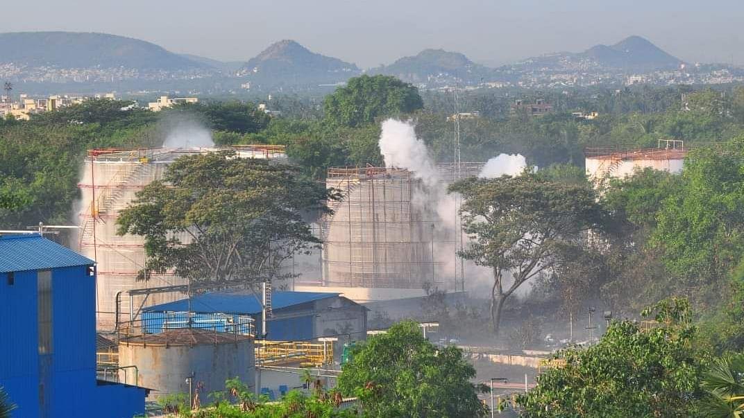 कोरोना संकट की आड़ में पर्यावरण के विनाश पर तुली मोदी सरकार, 6 सालों में बीजेपी ने कानूनों को खोखला कर डाला