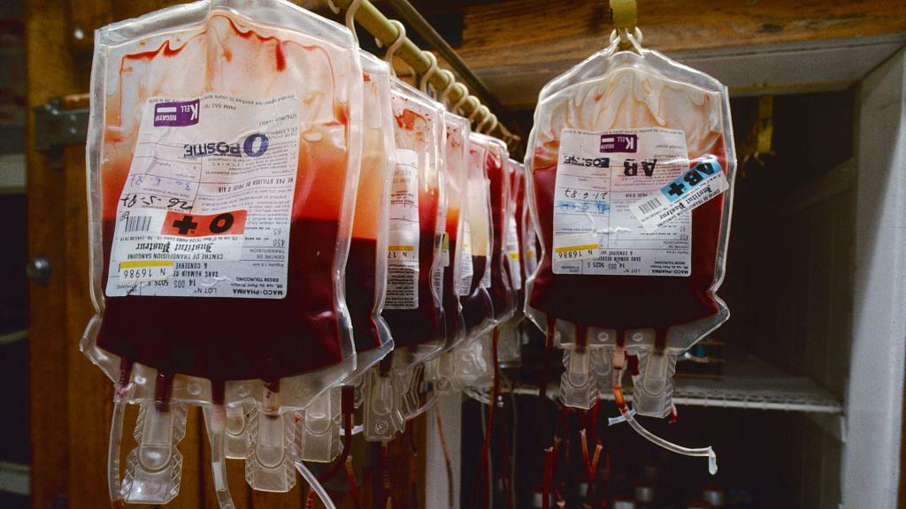 10 लाख रुपये प्रति लीटर बिक रहा कोरोना से ठीक हुए मरीजों का खून, जिंदगी भर के लिए इम्यूनिटी बढ़ाने का दावा