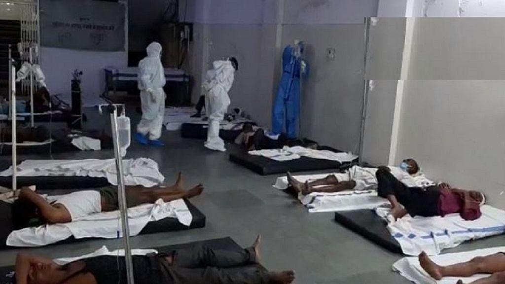 लॉकडाउन में अपने घर लौट रहे मजदूरों के साथ फिर दर्दनाक हादसा, मध्य प्रदेश में ट्रक पलटने से 5 की मौत, 11 घायल