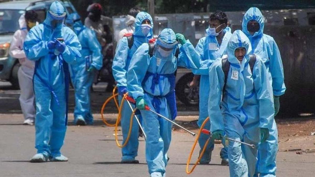 चौंकाने वाली खबर! एमपी के इंदौर में कोरोना के 61 ऐसे मरीज आए सामने जो घर से बिना निकले हो गए संक्रमित