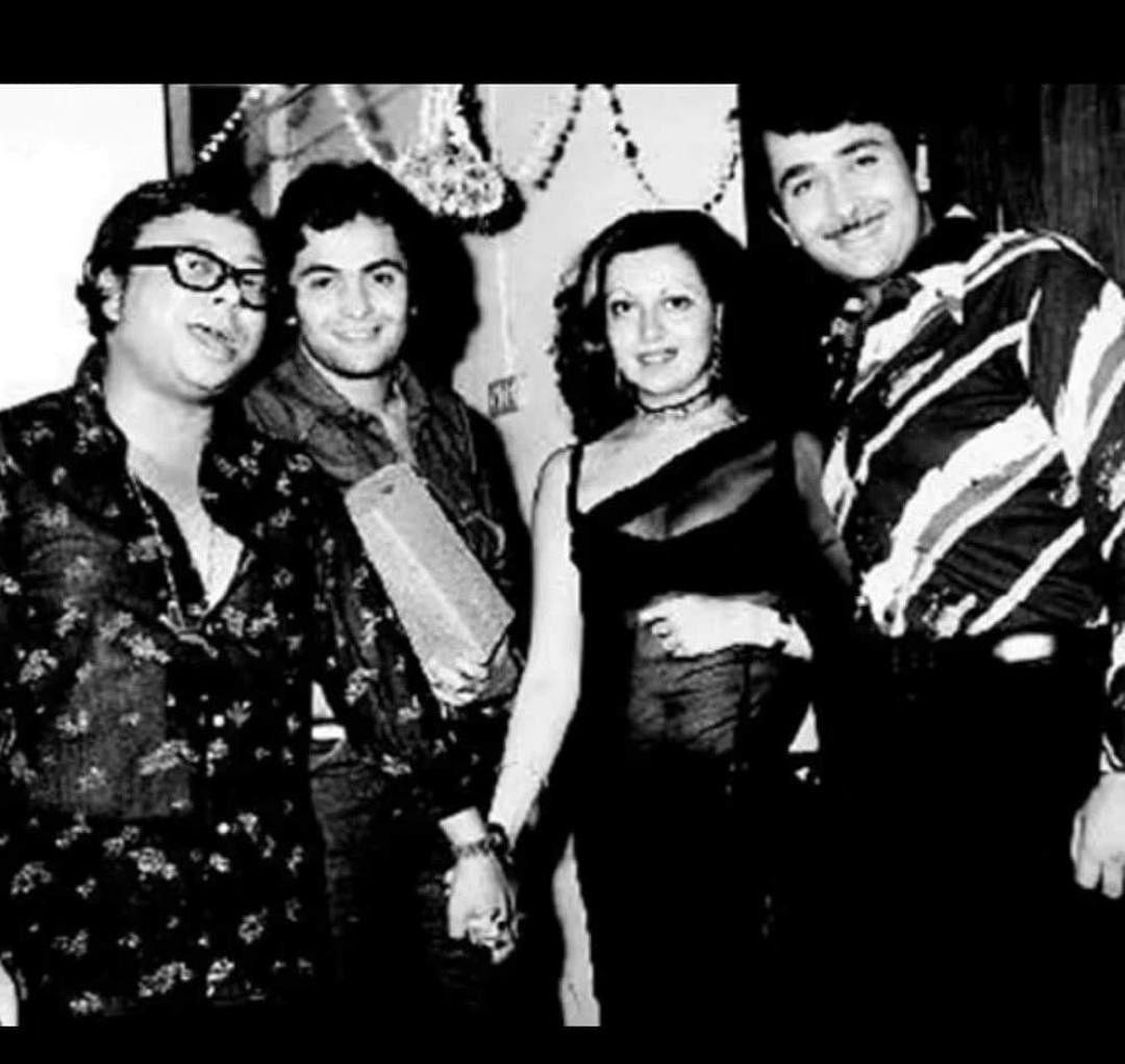 सिनेजीवन: टीवी इंडस्ट्री ऋषि कपूर, इरफान खान को देगा संगीतमय श्रद्धांजलि, करीना ने साझा की अपने चाचा की पुरानी तस्वीर
