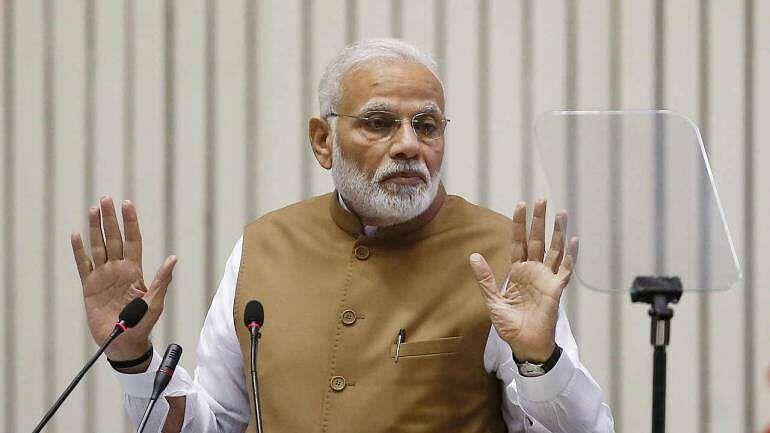 करीब 50 दिन बाद आखिर जागी मोदी सरकार, पीएम ने 20 लाख करोड़ के पैकेज का किया ऐलान, दिया आत्मनिर्भर भारत का नारा